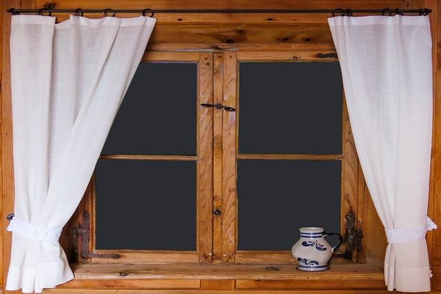 Lesena okna prinašajo številne prednosti. Katere?