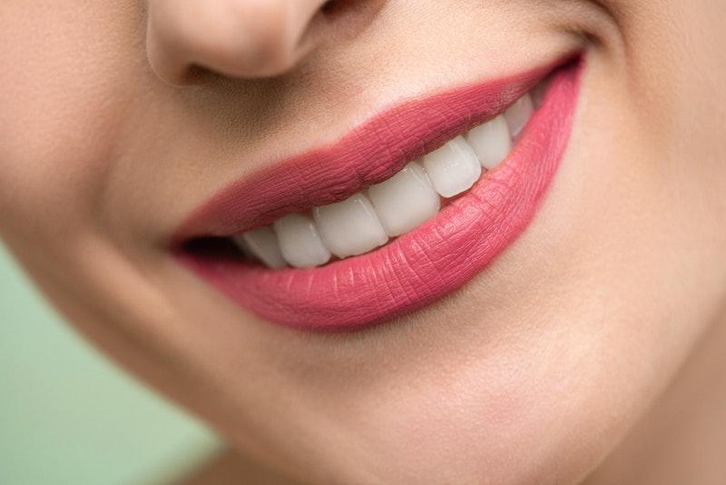 Ortodont poskrbi za flimski nasmeh